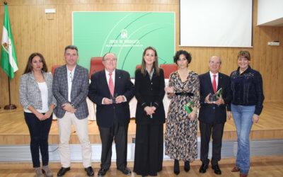 La Junta reconoce la labor del Banco de Alimentos, Cáritas y Cruz Roja