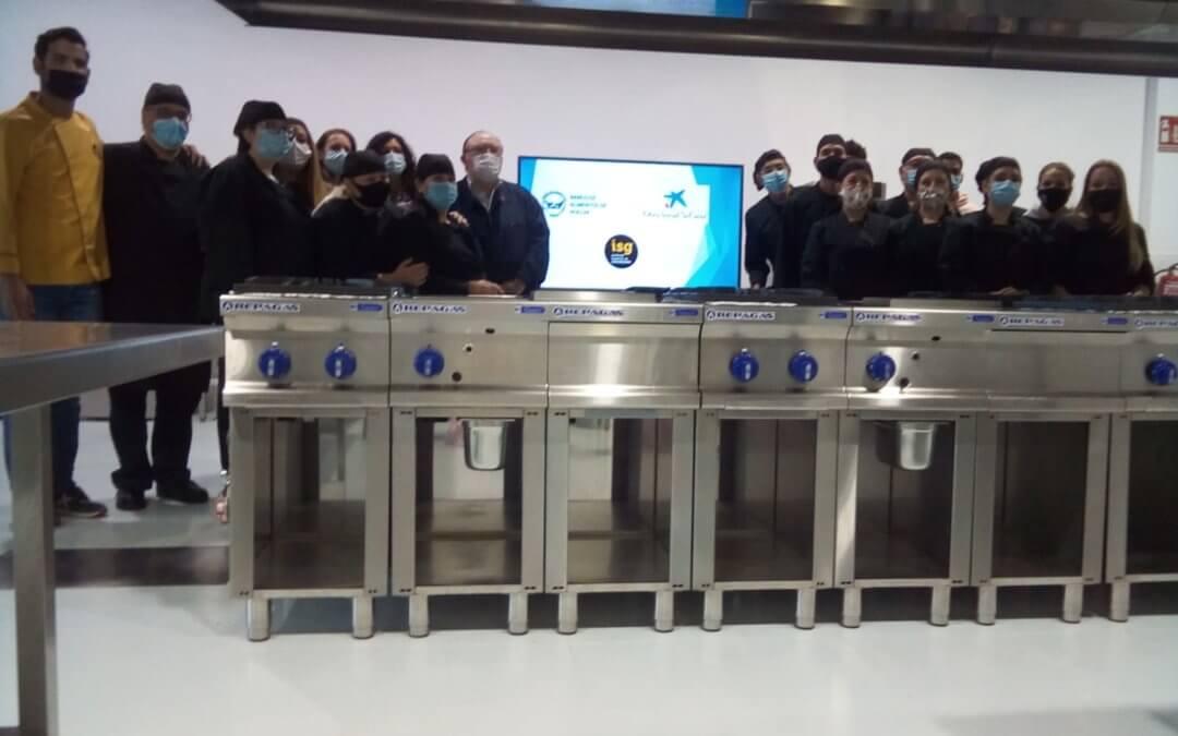 Unos 25 alumnos finalizan tres cursos de formación en carnicería organizados por el Banco de Alimentos