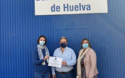 La Hermandad del Rocío de Huelva respalda la labor del Banco de Alimentos
