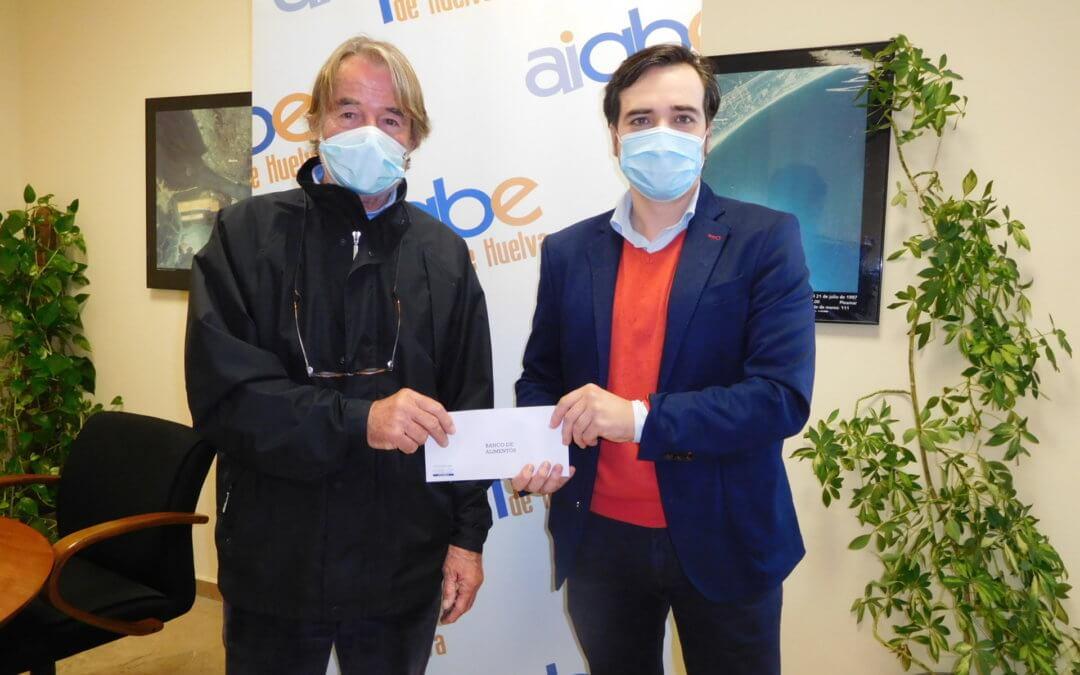 El Banco de Alimentos recibe una de las ayudas de AIQBE para luchar contra los efectos del coronavirus